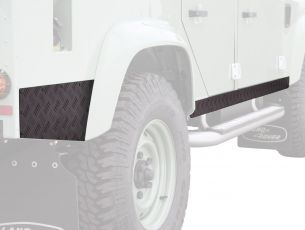 Front Runner Sill Protector - Black / Land Rover Defender 110
