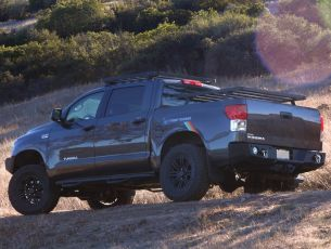Toyota Tundra Pick-Up Truck Cargo Bed Rack Kit (2007+ / Factory Rail Mount) - Front Runner Slimline II