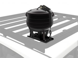 Potjie Pot/Dutch Oven & Carrier - by Front Runner