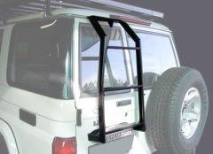 Front Runner Vehicle Ladder / Toyota Land Cruiser 76 Station Wagon